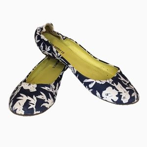 MOSSIMO SUPPLY CO | FLORAL FLATS